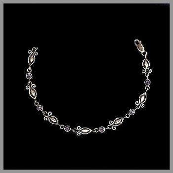 Bali Fleur Bracelet with Amethyst